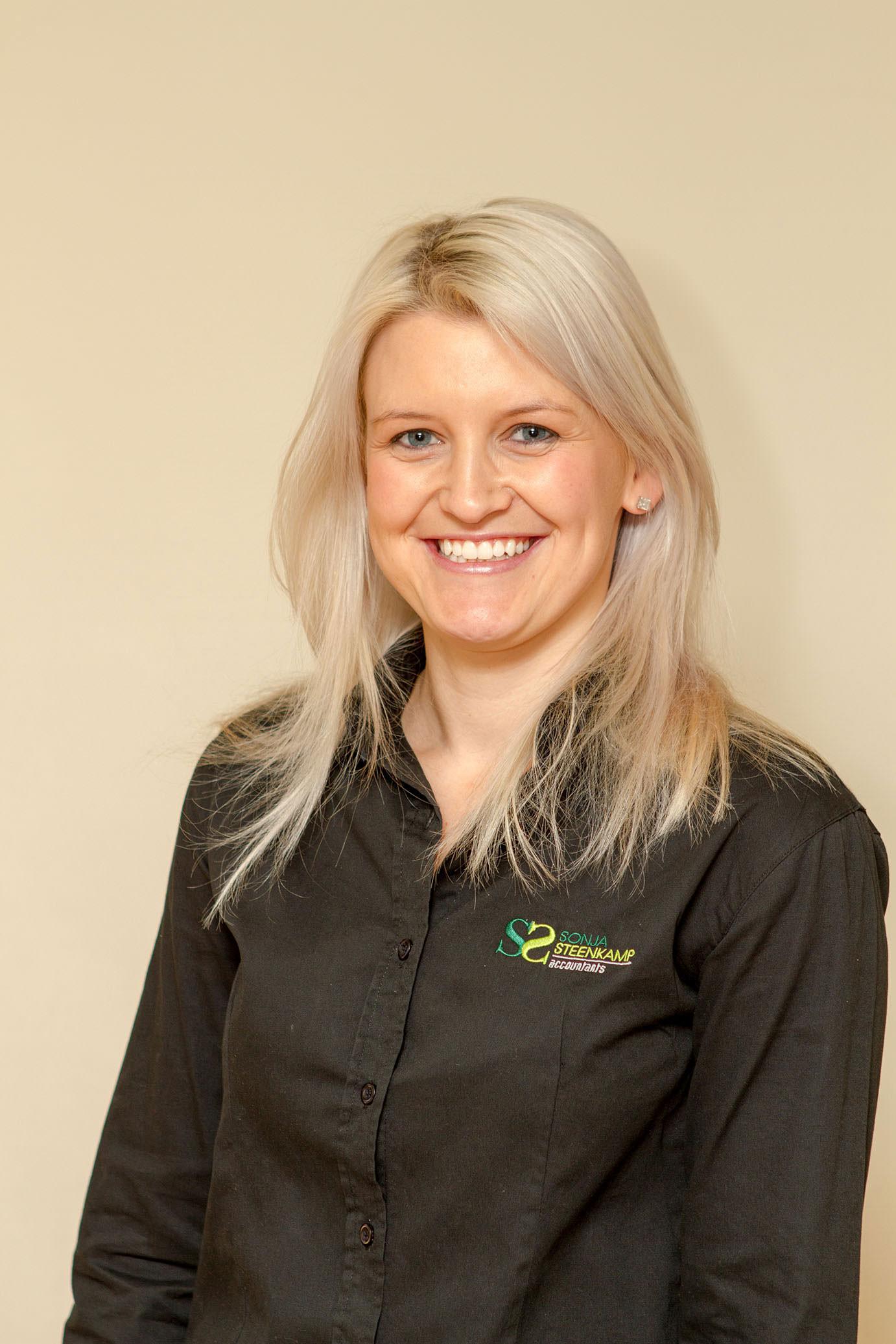 corporate headshots - Corporate Headshots Sonja Steenkamp 12 - Corporate Headshots – Sonja Steenkamp