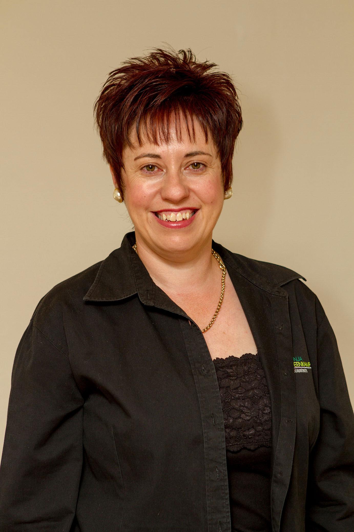 corporate headshots - Corporate Headshots Sonja Steenkamp 16 - Corporate Headshots – Sonja Steenkamp