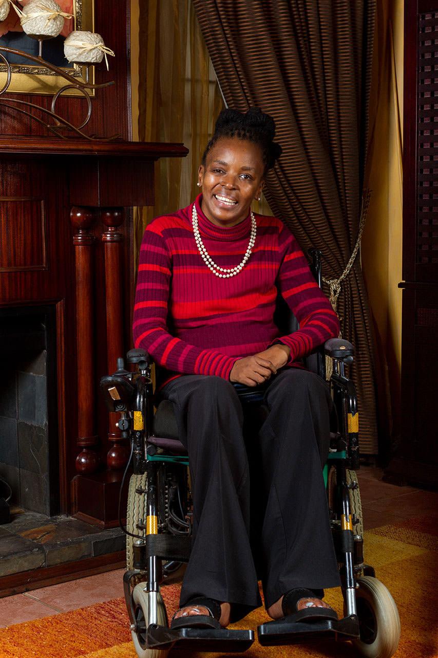 nthabiseng molongoana - Nthabiseng Molongoana 1 - Vrouekeur portraits of Nthabiseng Molongoana